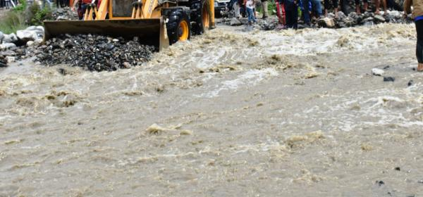 Three Persons Go Missing When Rivulet Sweeps Away A Vehicle